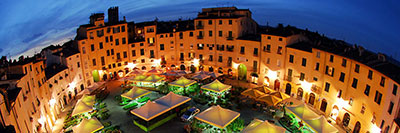 Foto Piazza dell'Anfiteatro - Lucca