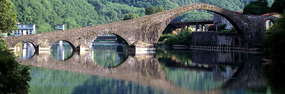 Borgo a Mozzano azalee - leggende