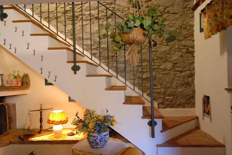 Casa maro 39 casa vacanze dormire a lucca for Piani tetto veranda protette